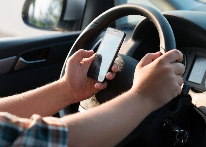 distração ao volante
